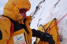 Denis Urubko bez zgody i informowania załogi poszedł sam zaatakować K2. Do tej pory nie było z nim kontaktu.