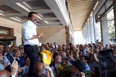 Matteo Salvini, wicepremier Włoch i szef MSW, wybija się na pierwszy plan w rządzie Giuseppe Conte.