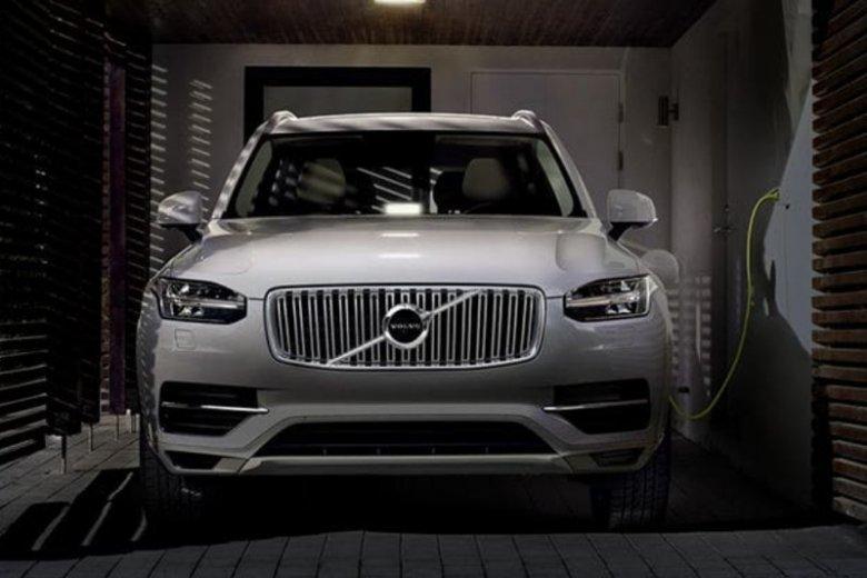 Volvo zapowiedziało, że od 2019 roku ich każdy nowy model będzie albo hybrydą, albo typowym elektrykiem.