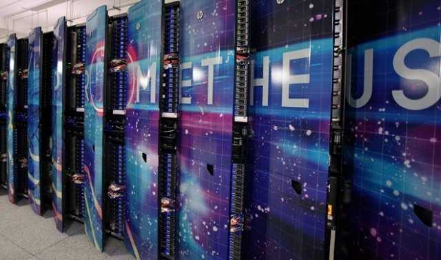 Prometeusz - najszybszy polski superkomputer, zbudowany przez firmę Hewlet-Packard, oparty jest na CPU.