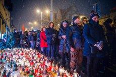 Rafał Szumełda wzywa gdańszczan do tego, żeby w sobotę ustawili na Placu Solidarności gigantyczne serce ze zniczy dla Pawła Adamowicza.