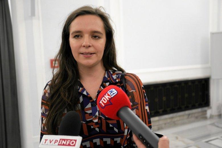 Klaudia Jachira jest oburzona SMS-em z informacją o mszy przed pierwszym posiedzeniem Sejmu.