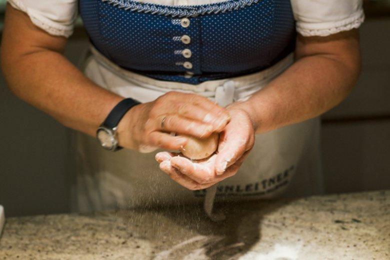 Slow Food, w wykonaniu austriackiej tradycyjnej gospodyni.
