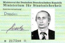 Legitymacja służbowa NRD-owskiej Stasi wystawiona na nazwisko Władimira Putina.