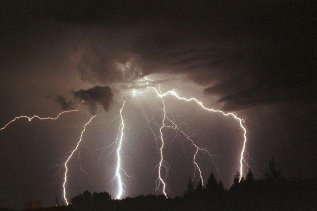 Bardzo prawdopodobne, że takie obrazki można będzie zobaczyć przez najbliższe noce za oknami.