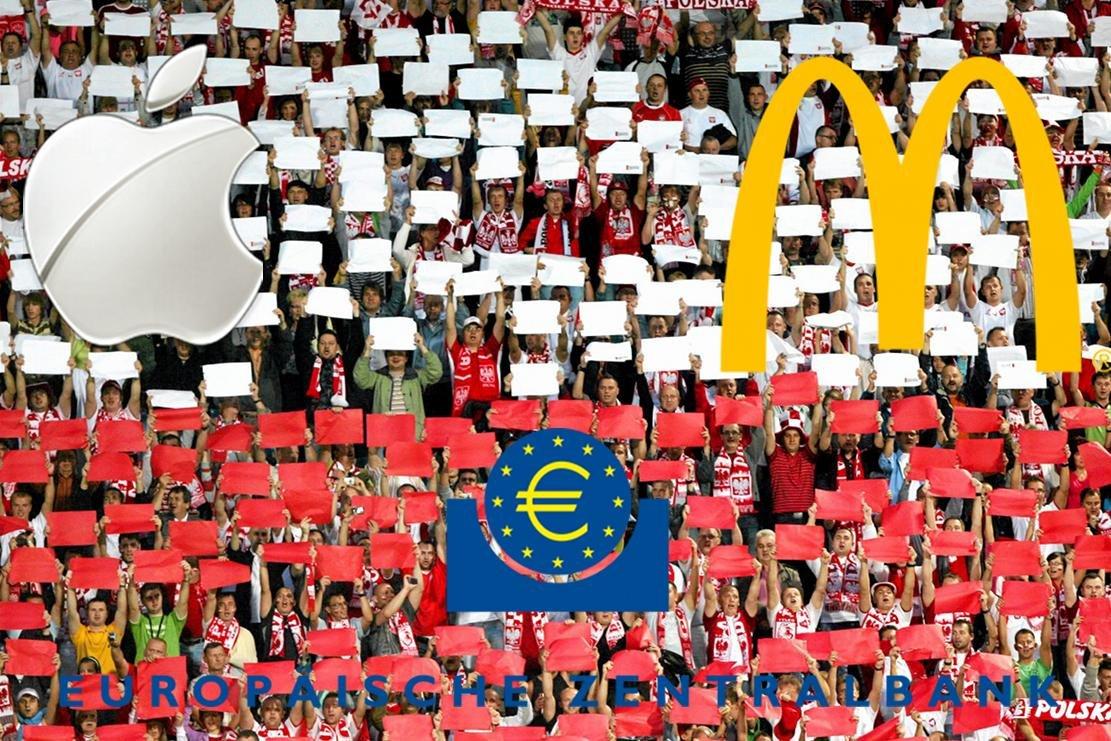 Kolaż zdjęcia Arkadiusza Wojtasiewicza z towarzyskiego meczu Polska-Grecja z 2009 roku. Logotypy Apple, McDoland's i EBC pochodzą z Wikimedia Commons