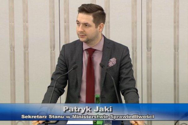 Wiceminister Jaki zaskoczył senatorów. Okazało się, że jego resort ma uwagi do projektu, choć wcześniej ich nie zgłaszał.