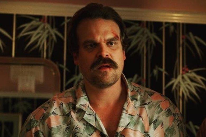 Aktor wcielił się w postać szeryfa Hoppera.