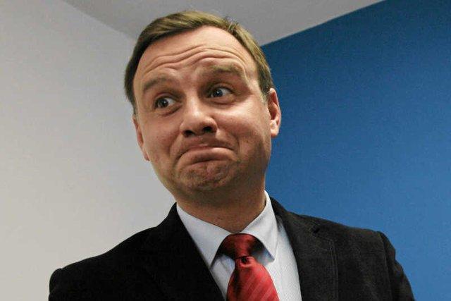 """Tu wcale nie chodzi o zmianę konstytucji. """"Prezydent chyba niechcący zapowiedział referendum w sprawie Polexitu"""" – zwraca uwagę prawnik dr hab. Marcin Matczak."""