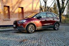 Opel Crossland X to zwinne miejskie auto z pojemnym bagażnikiem.