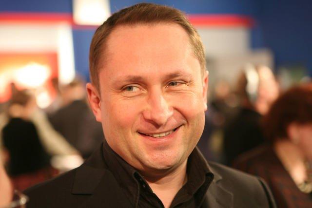 Kamil Durczok, mimo trwającego procesy z tygodnikiem Wprost, nie wyklucza powrotu do telewizji