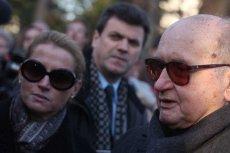 Monika Jaruzelska (z lewej) zastąpiła w fundacji swojego zmarłego ojca. To ona miała też przekazać dokumenty.