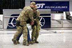 Straż Graniczna musiała wyprowadzić dwóch pijanych policjantów z pokładu samolotu mającego lecieć na Majorkę. (Zdjęcie  poglądowe)