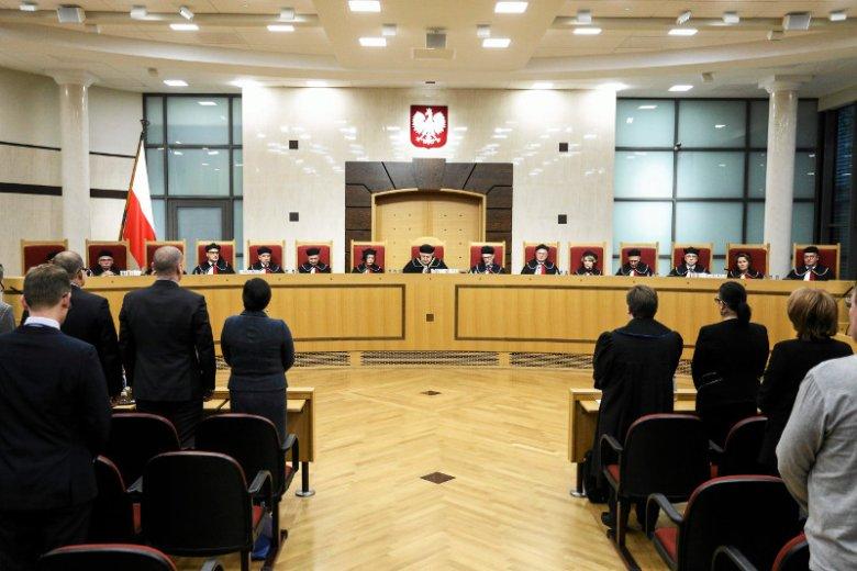 Wszyscy jesteśmy ciekawi w jakim ostatecznie składzie będzie już niedługo obradował Trybunał.