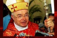 Rzecznik Watykanu sugeruje, że kościół może zadośćuczynić ofiarom zmarłego księdza pedofila