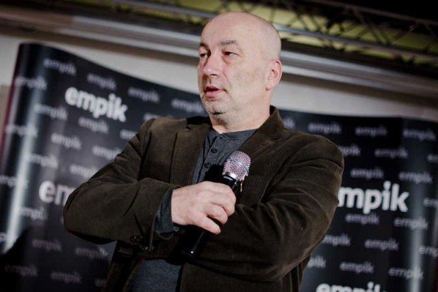 Sławomir Koper znalazł sposób na zainteresowanie Polaków historią.