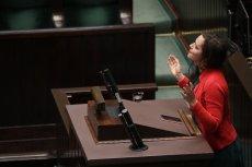 Obecność Klaudii Jachiry w Sejmie budzi emocje – nie tylko w szeregach prawicy.