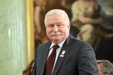 """Jednym tweetem twórca pierwszej """"Solidarności"""" i były prezydent Lech Wałęsa z pewnością popsuł humor prezesowi PiS Jarosławowi Kaczyńskiemu."""