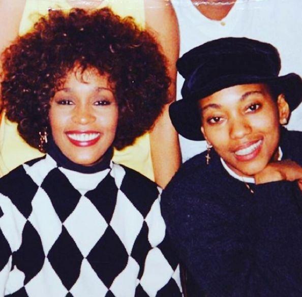 Whitney i Robyn.