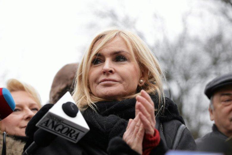 """Monika Olejnik skrytykowała nazywanie współpracowniczek Glapińskiego jego """"dwórkami""""."""