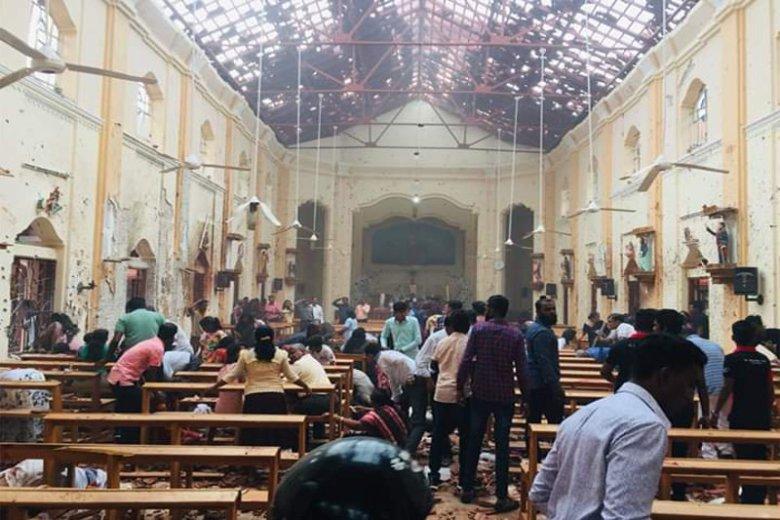 W skoordynowanych atakach na Sri Lance zginęło ponad 200 osób.