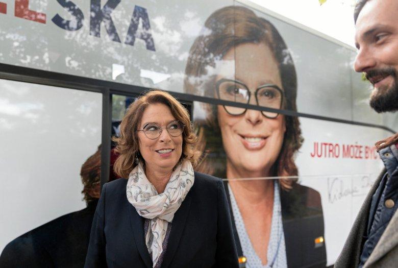 """""""Wyborcza"""": opozycja ma szansę odsunąć PiS od władzy. Jest nowy sondaż."""
