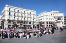 Młodzi Hiszpanie w Madrycie – połowa nie ma pracy