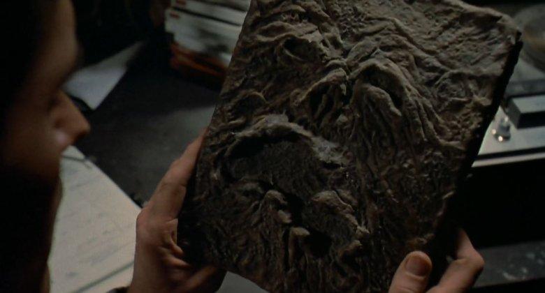Necronomicon to nieodłączny artefakt każdego horroru