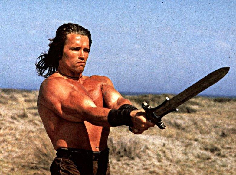 """Arnold Schwarzenneger w filmie """"Conan"""" z 1982 roku"""