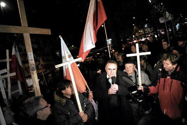 """Kluby """"Gazety Polskiej"""" jadą wspierać """"węgierskich braci"""". Sakiewicz wystąpi z Orbánem"""