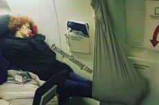 Pasażerowie samolotów czasem zdumiewają swoimi zachowaniami. Są problemem dla załogi oraz innych podróżnych.