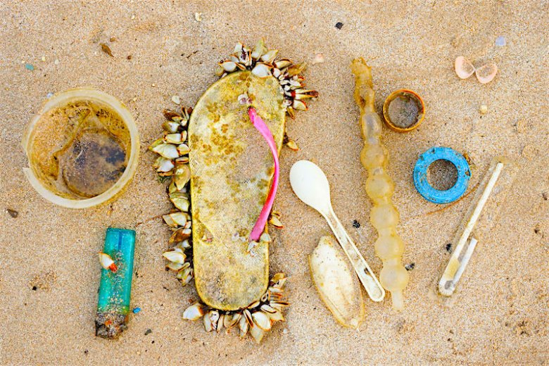 Organizacja Ocean Conservancy twierdzi, że na plażach można znaleźć naprawdę zaskakujące śmieci.