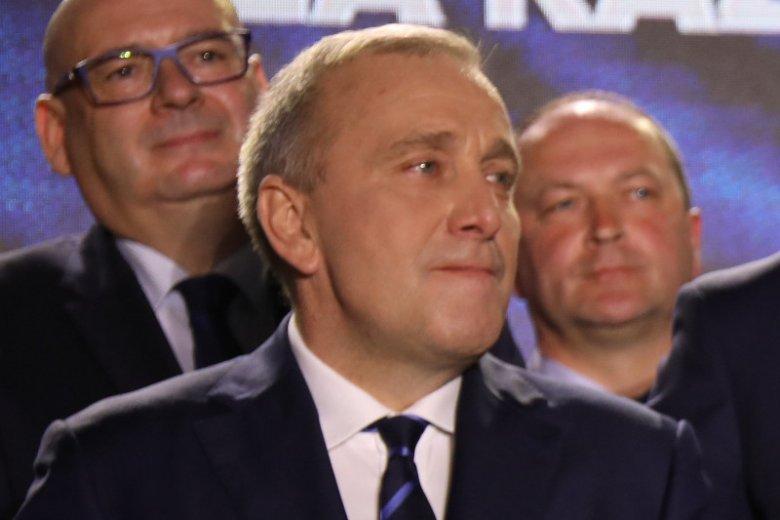 W sondażu late poll PiS zwiększa przewagę nad Koalicją Europejską.