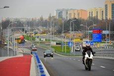 Trasy szybkiego ruchu powstające przy istniejących już osiedlach lub odwrotnie, to problem wielu polskich miast. Jeżeli kupujemy takie mieszkanie świadomie, nie ma problemu. Jeśli nie, zaczynają się schody.