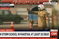 Pakistańskie wojsko nadal prowadzi akcję odbijania szkoły z rąk Talibów