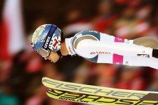Polski skoczek narciarski Maciej Kot wygrał w czwartek zawody Pucharu Świata w koreańskim Pjongczangu.
