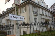 Ulica, przy której mieści się polska ambasada w Berlinie zyskała na chwilę nową nazwę.