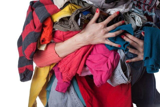 Ubrania nie mieszczą ci się w szafie? To może czas się ich pozbyć?