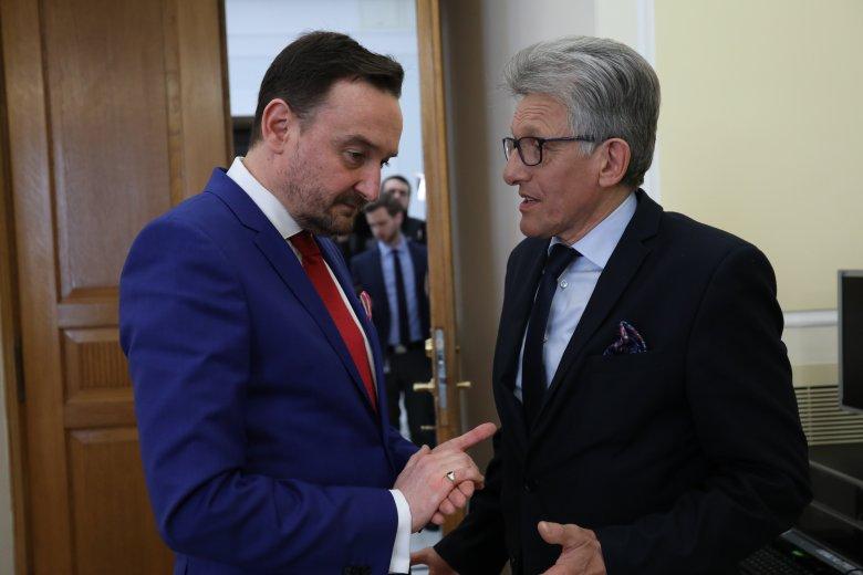 Nowo wybrany sędzia KRS Maciej Mitera i poseł PiS Stanisław Piotrowicz.