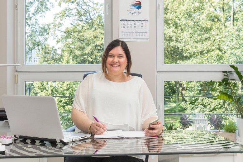 Dorota Wollenszleger-Gałuszka pomaga kobietom, ponieważ sama wie, jak trudno jest przejść przez rozwód