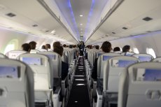 Loty międzynarodowe z Polski miałyby wrócić najpewniej na początku lipca.