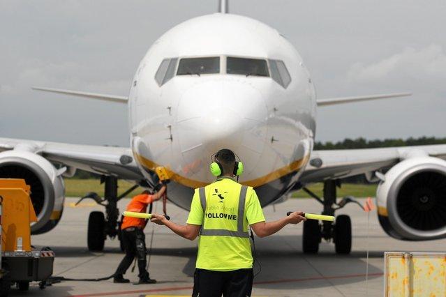 Ryanair publikuje listę odwołanych lotów.