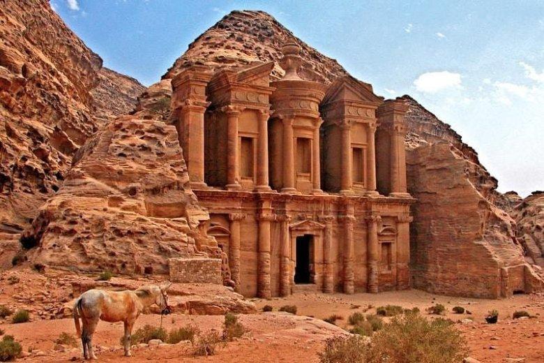 Petra to widoki, które zapierają dech w piersiach