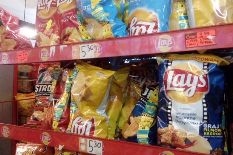 Cena chipsów w zwykłym Lewiatanie zupełnie inna niż na stoisku na Kongresie 590.