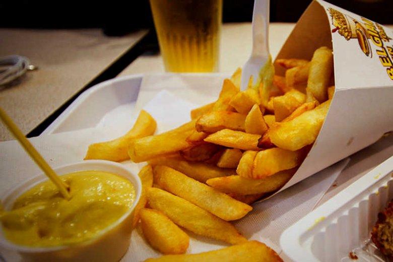Belgijskie frytki to oprócz perfekcyjnego smażenia, także ciekawe sosy