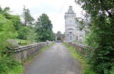"""Tak wygląda Overtoun Bridge, """"most psich samobójców"""" w Szkocji."""