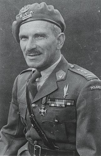Gen. Stanisław Sosabowski - po wojnie robotnik z magazynie.