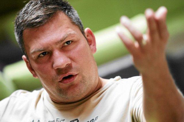 Dziś Dariusz Michalczewski stawił się w Prokuraturze Rejonowej Gdańsk-Oliwa. Usłyszał dwa zarzuty.