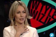 """Magdalena Ogórek w programie """"W tyle wizji"""", w którym pokazano w tendencyjny sposób Donalda Tuska."""