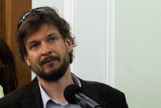 Wojciech Cieśla dostał wezwanie na policję za tekst o Mariuszu Muszyńskim.